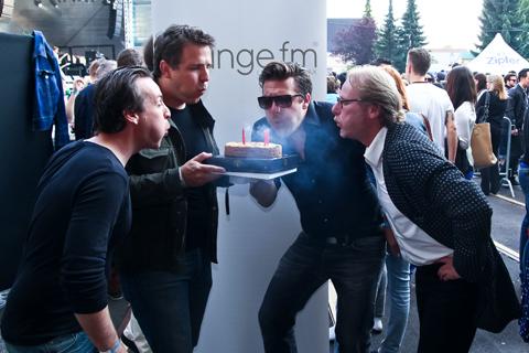 Parov Stelar gratuliert LoungeFM zum 4. Geburtstag