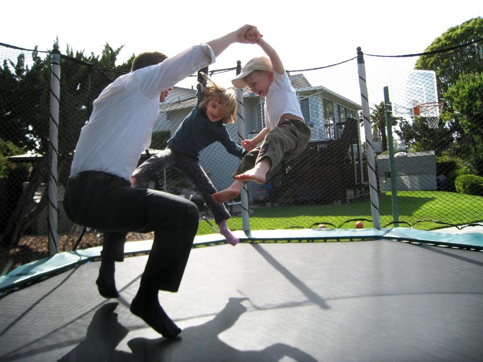 trampoline-full_23887