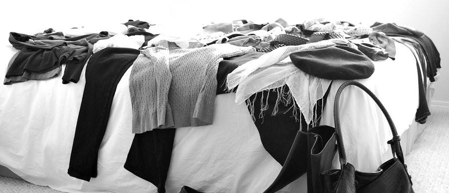 grauschwarz Kleidung